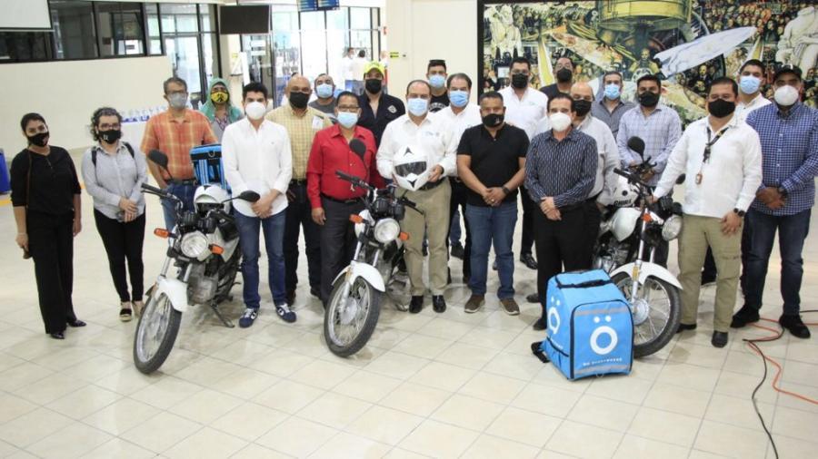 Financia Gobierno 10 motocicletas para app de delivery