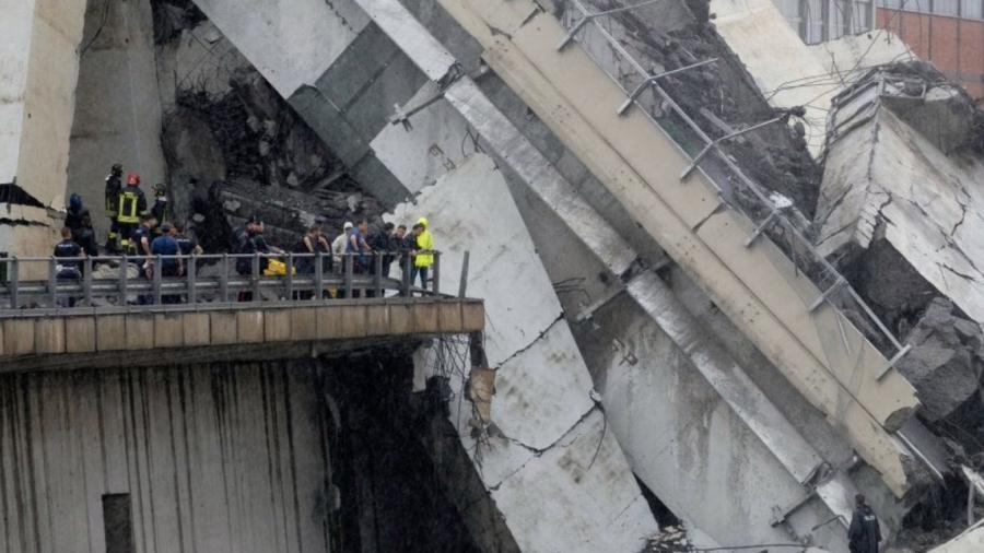 Sube a 35 los muertos por el derrumbe de un puente en Génova